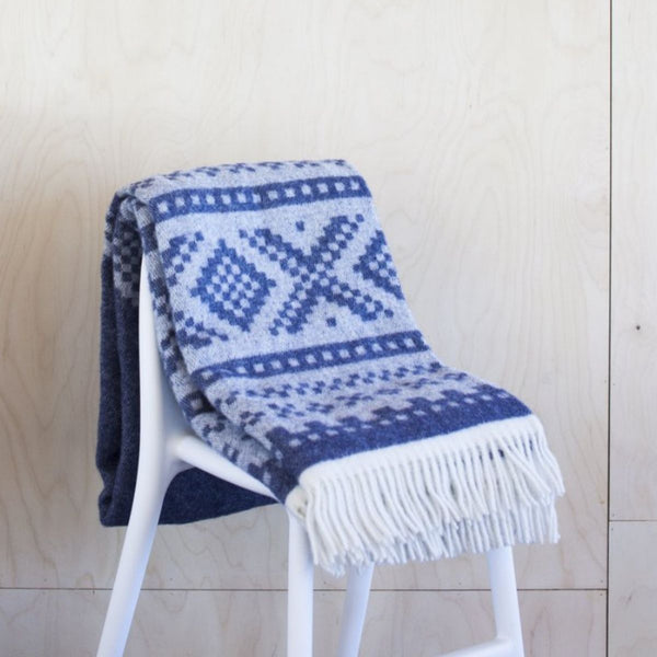 designorway.com - Marius Blanket - dark blue/gray by Lillunn - made in norway