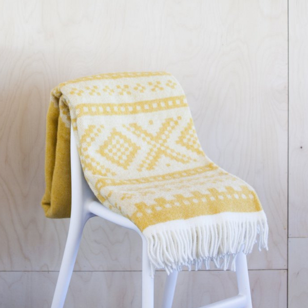 designorway.com - Marius Blanket - light yellow by Lillunn - made in norway