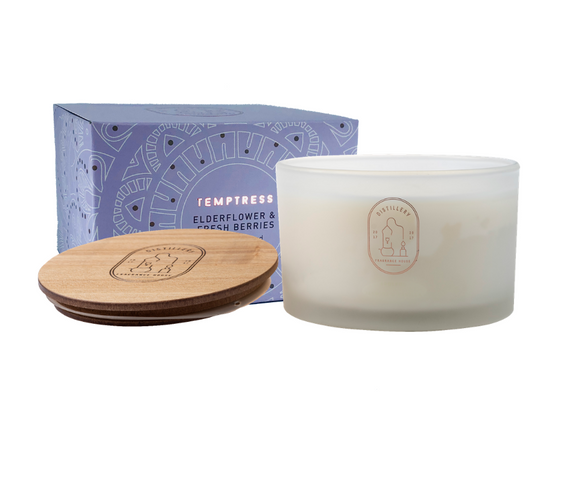 TEMPTRESS Elderflower and Fresh Berries 450g Distillery Vegan Soy Candle