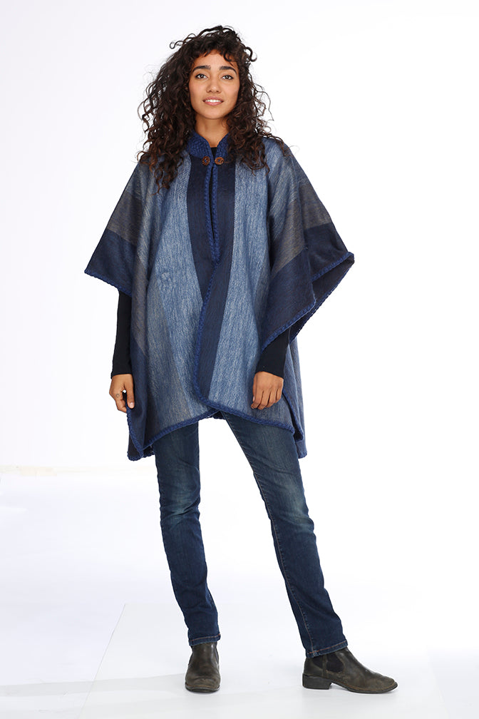 Blue Shades Alpaca Poncho - Laguna Dream