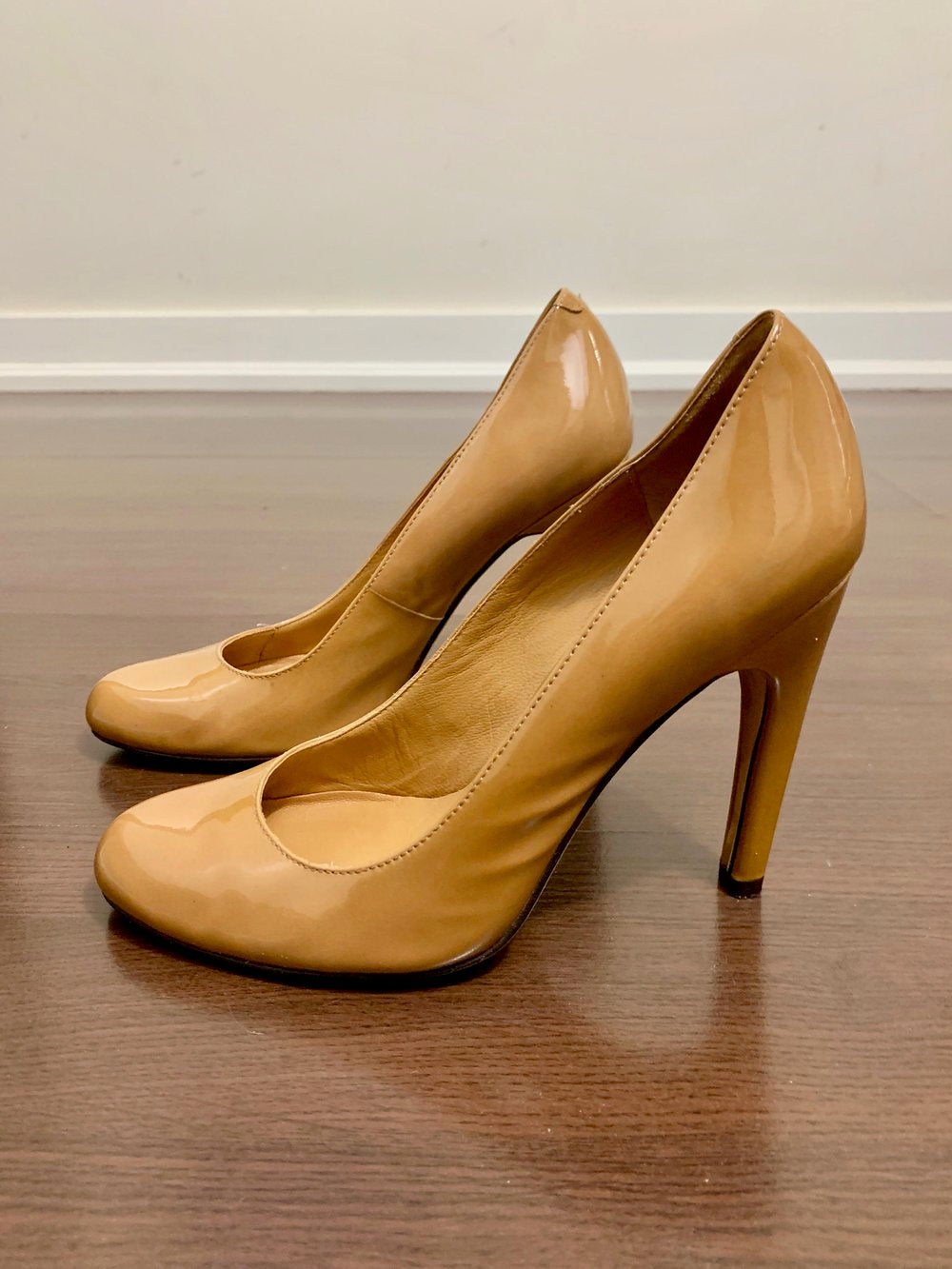 Michael Kors Vinyl Pumps