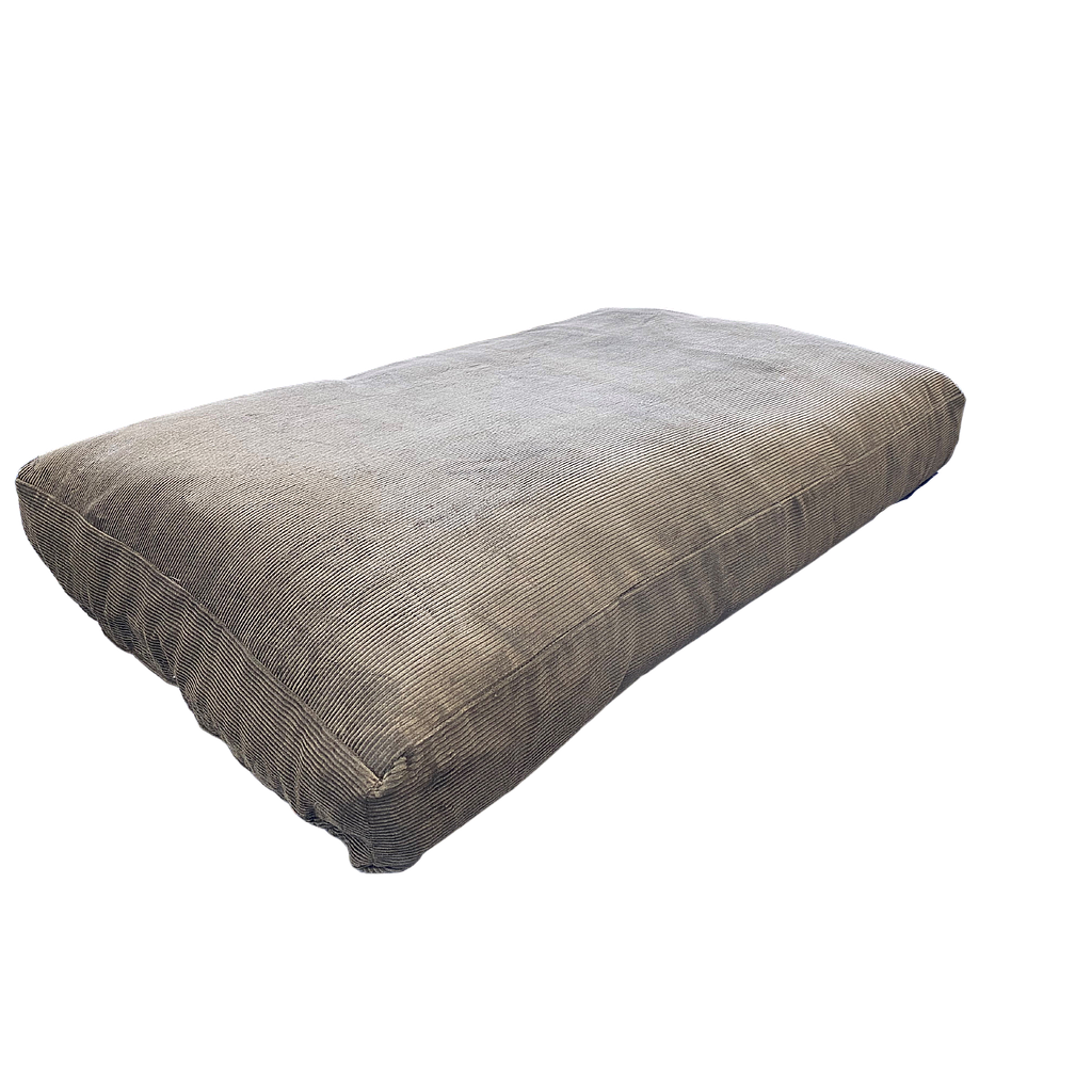 Nature & Co Wool Filled Medium Pet Bed