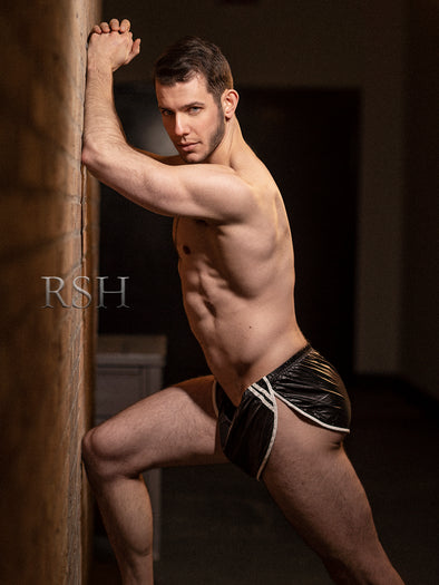 Hot new images by  Photorsh featuring model Graham