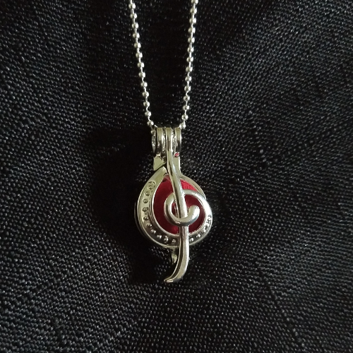 Music Note Aromatherapy Necklace