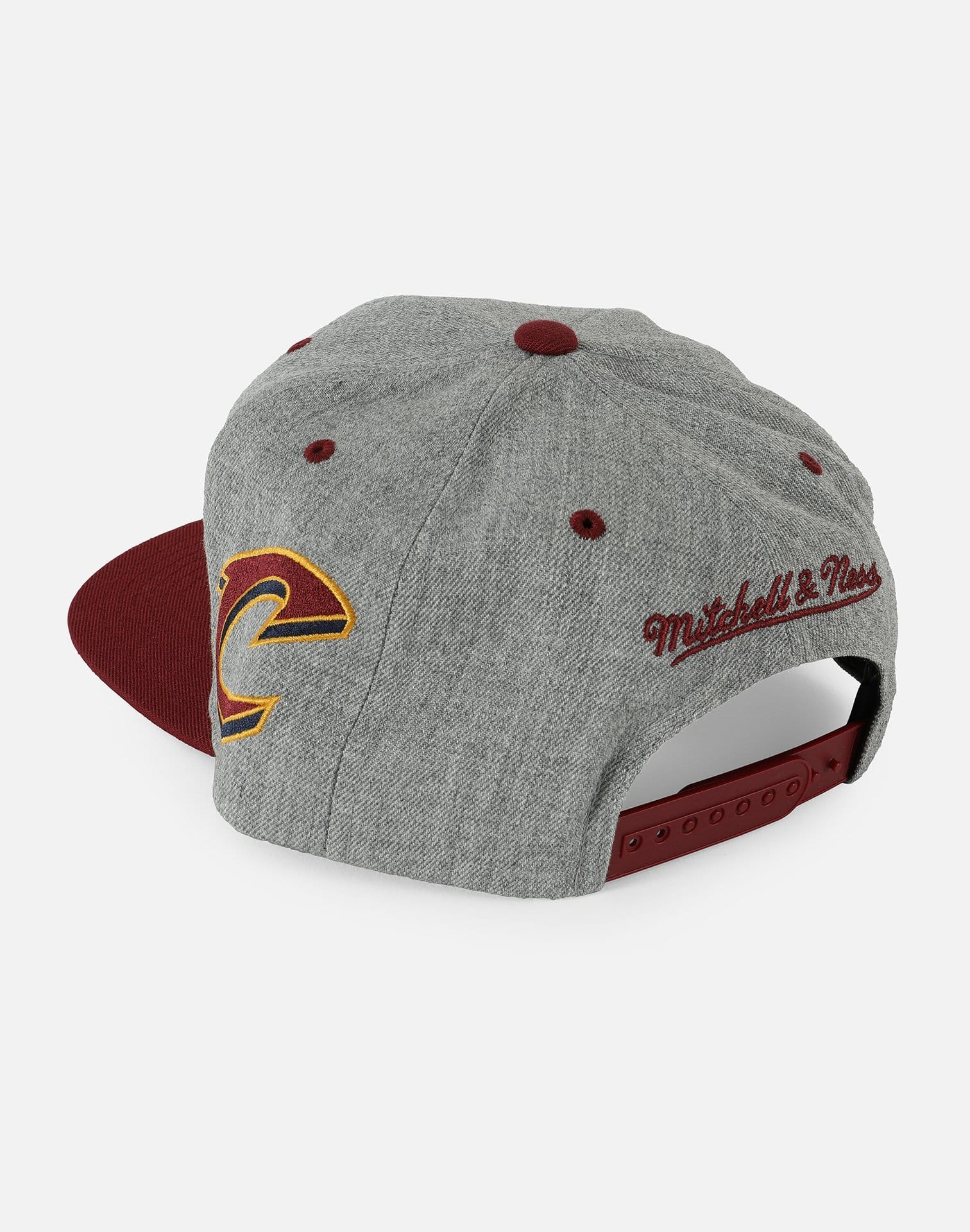 CLEVELAND CAVS SIDE PANEL CROPPED SNAPBACK