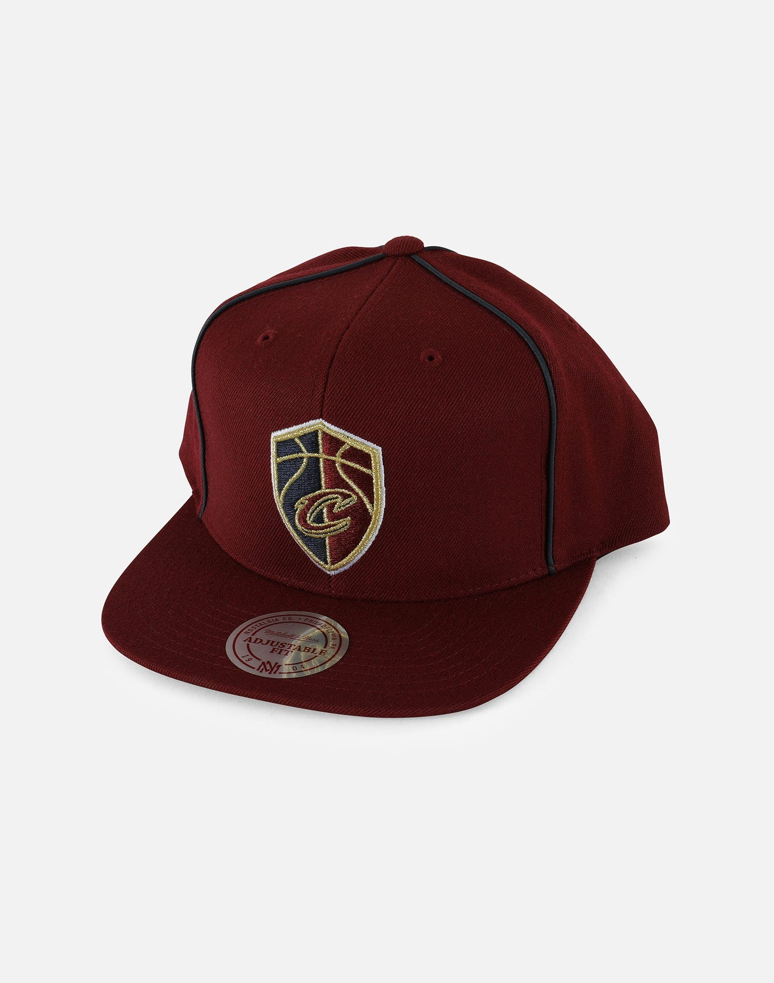 New Era NBA Cleveland Cavaliers Basic Link Snapback Hat
