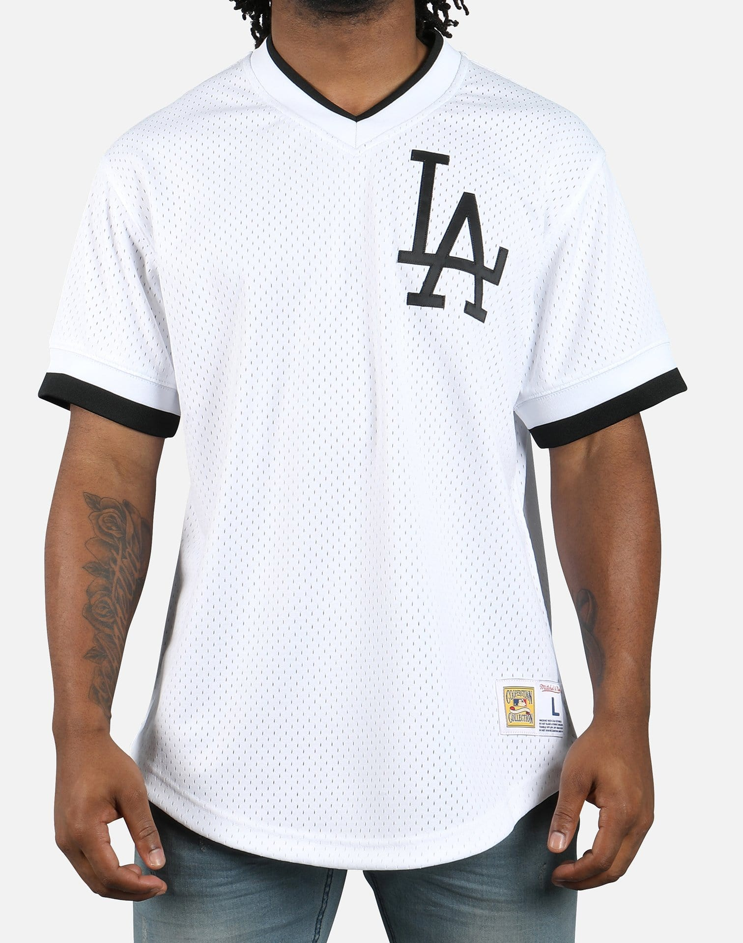 Mitchell & Ness MLB Los Angeles Dodgers Mesh V-Neck Jersey