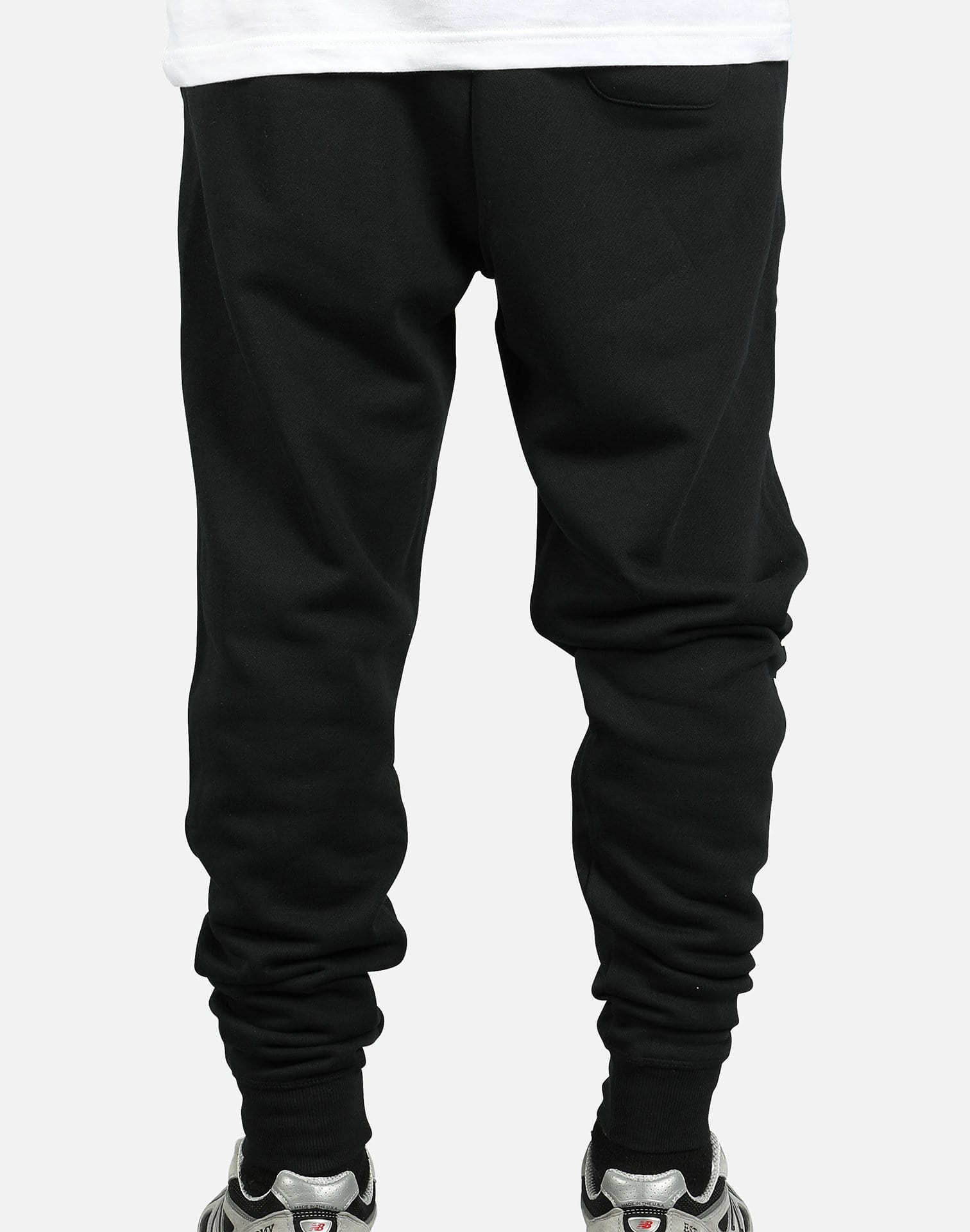 New Balance Men's Essentials NB Logo Sweatpants