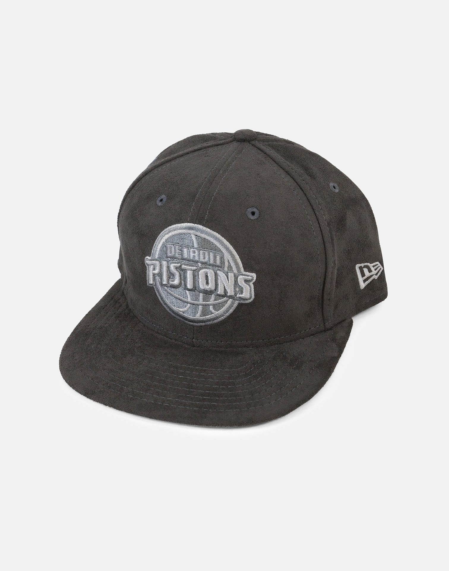 "New Era Detroit Pistons Suede ""Wolf Grey"" Hook Snapback Hat"