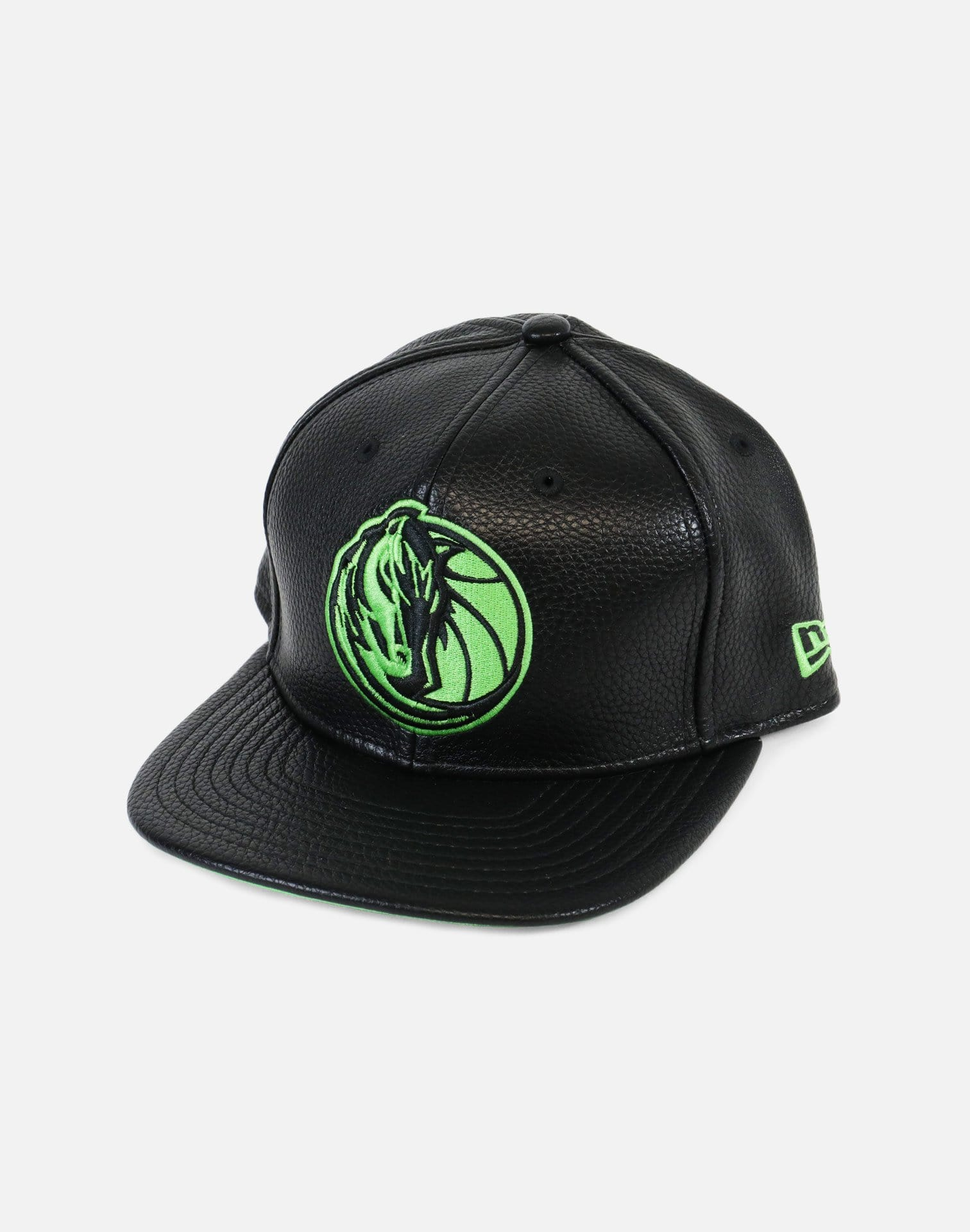 New Era Dallas Mavericks OG 13 Hook Snapback Hat (Black)