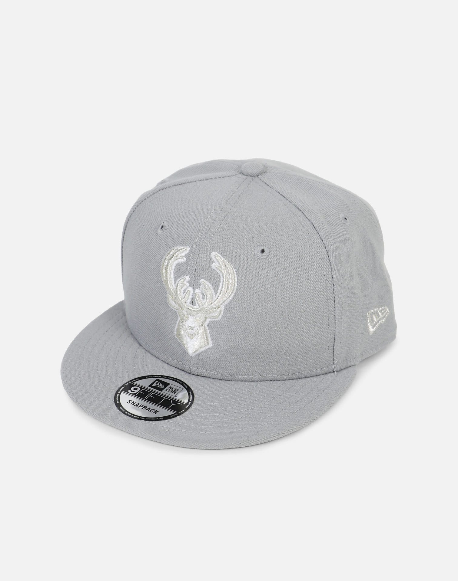 New Era Milwaukee Bucks 'Pure Bucks' Snapback Hat