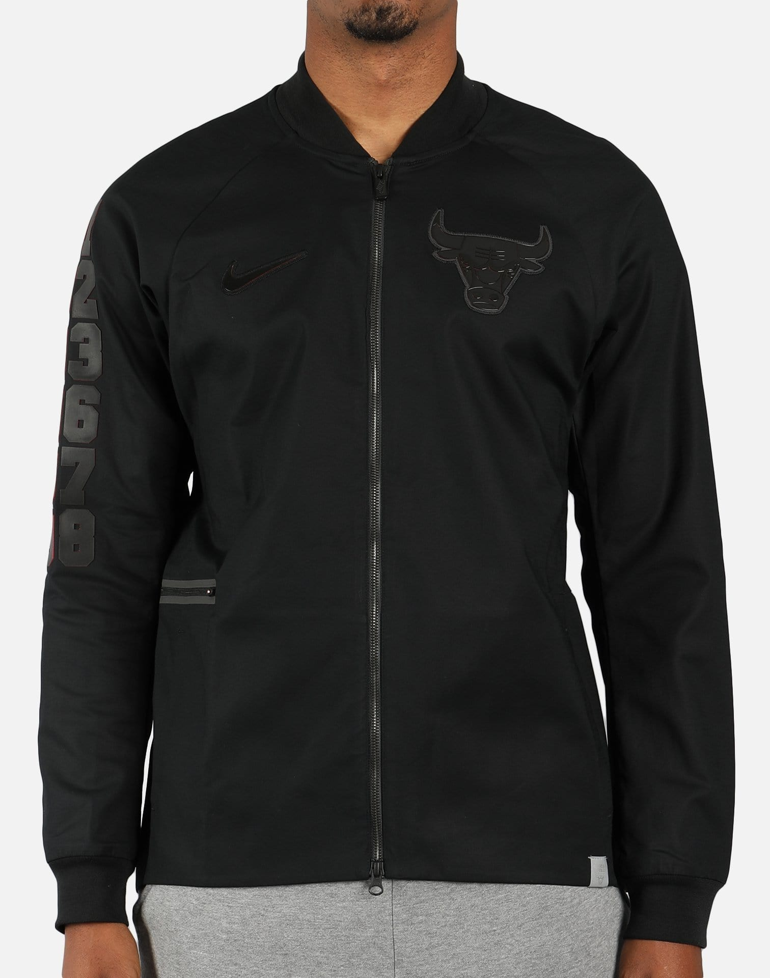 Nike NBA Chicago Bulls Modern Varsity Jacket (Black)