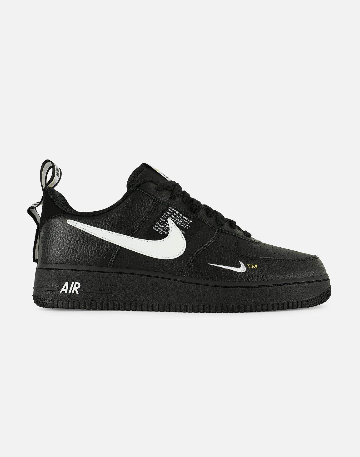 Nike Men's Air Force 1 Low '07 LV8 Utility