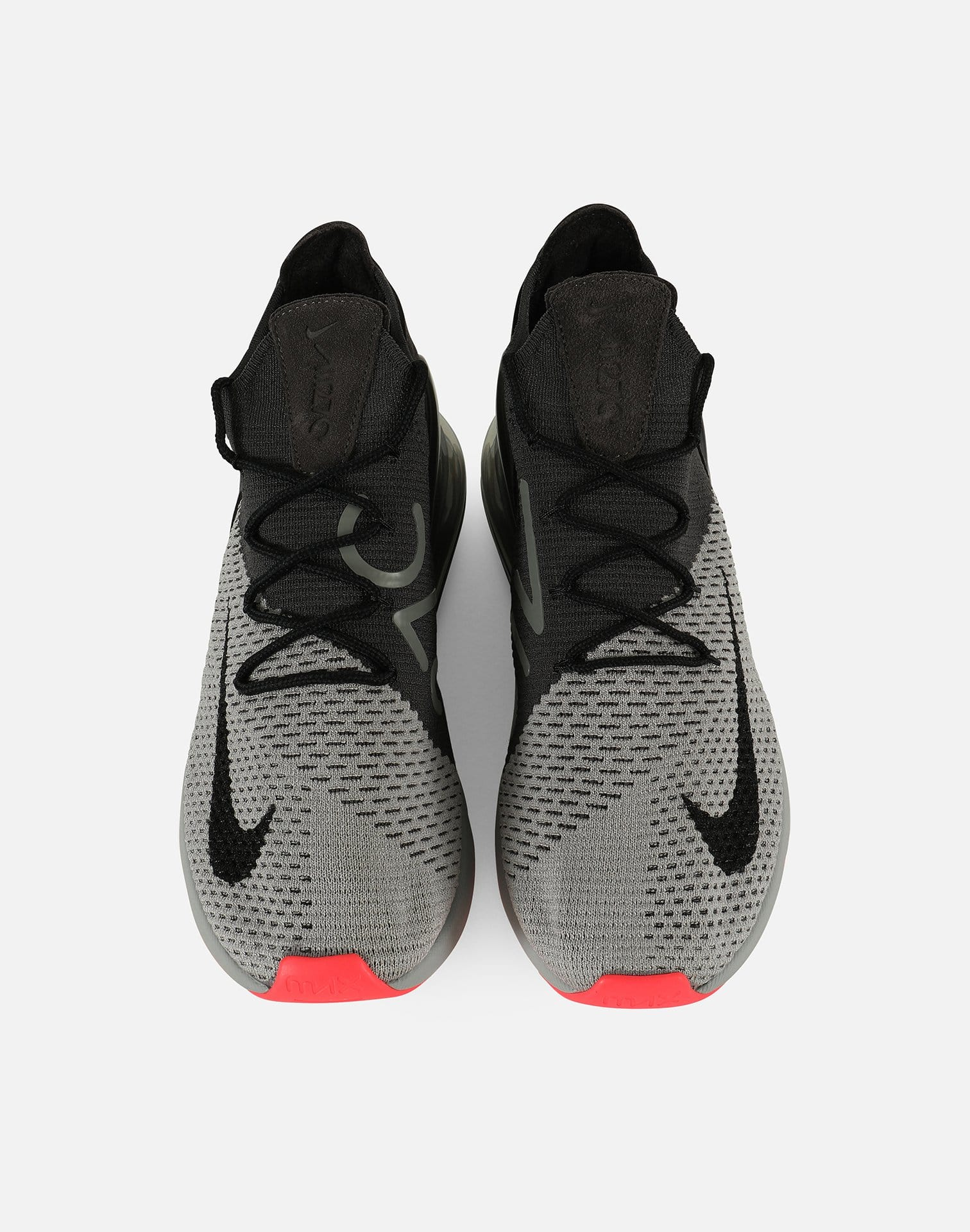 Nike Men's Air Max 270 Flyknit