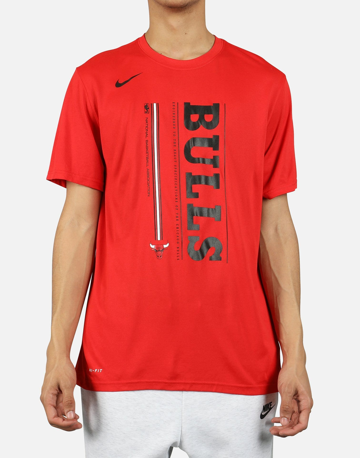 MENS NIKE CHICAGO BULLS NBA VERTICAL WORDMARK TEE