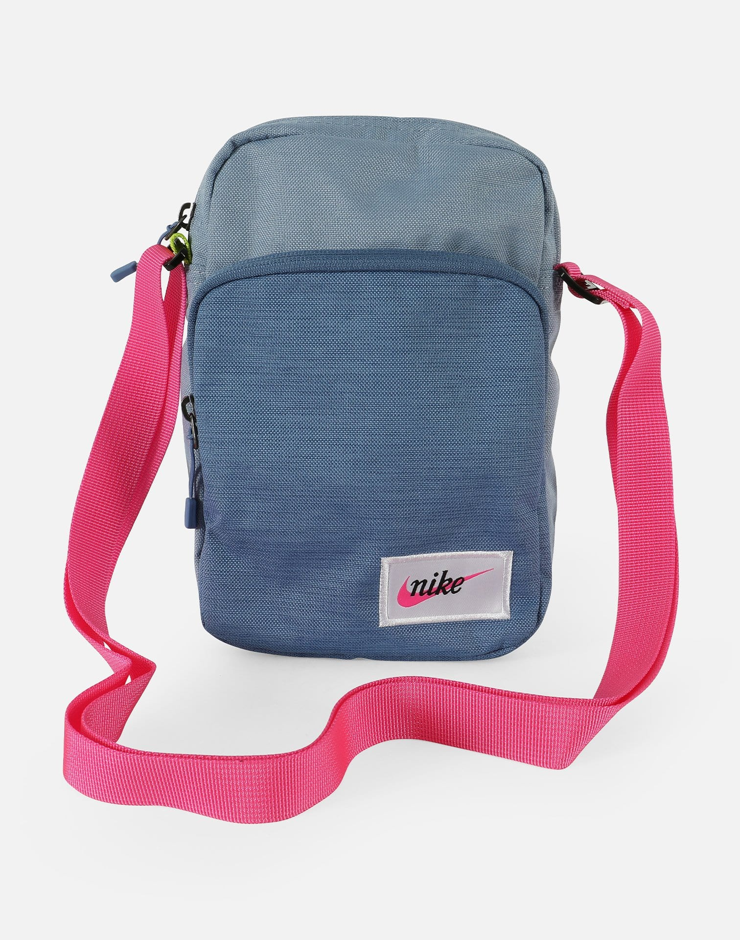 Nike NSW Heritage Small-Item Shoulder Bag