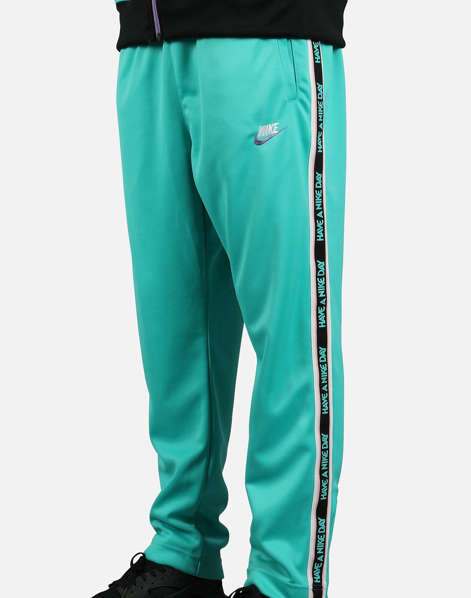 NIKE DAY' TRIBUTE TRACK PANTS – DTLR