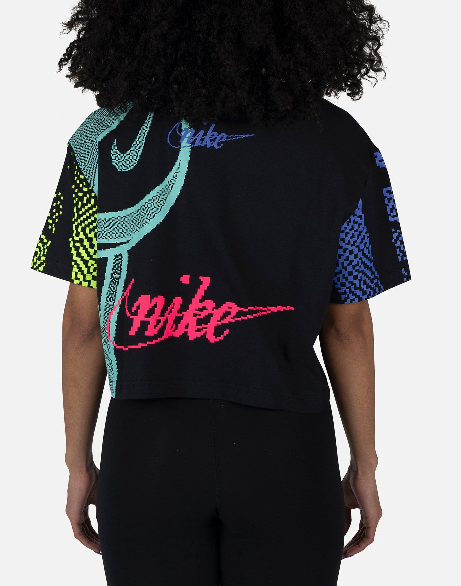 Nike NSW Women's Essential Rave Cropped Top