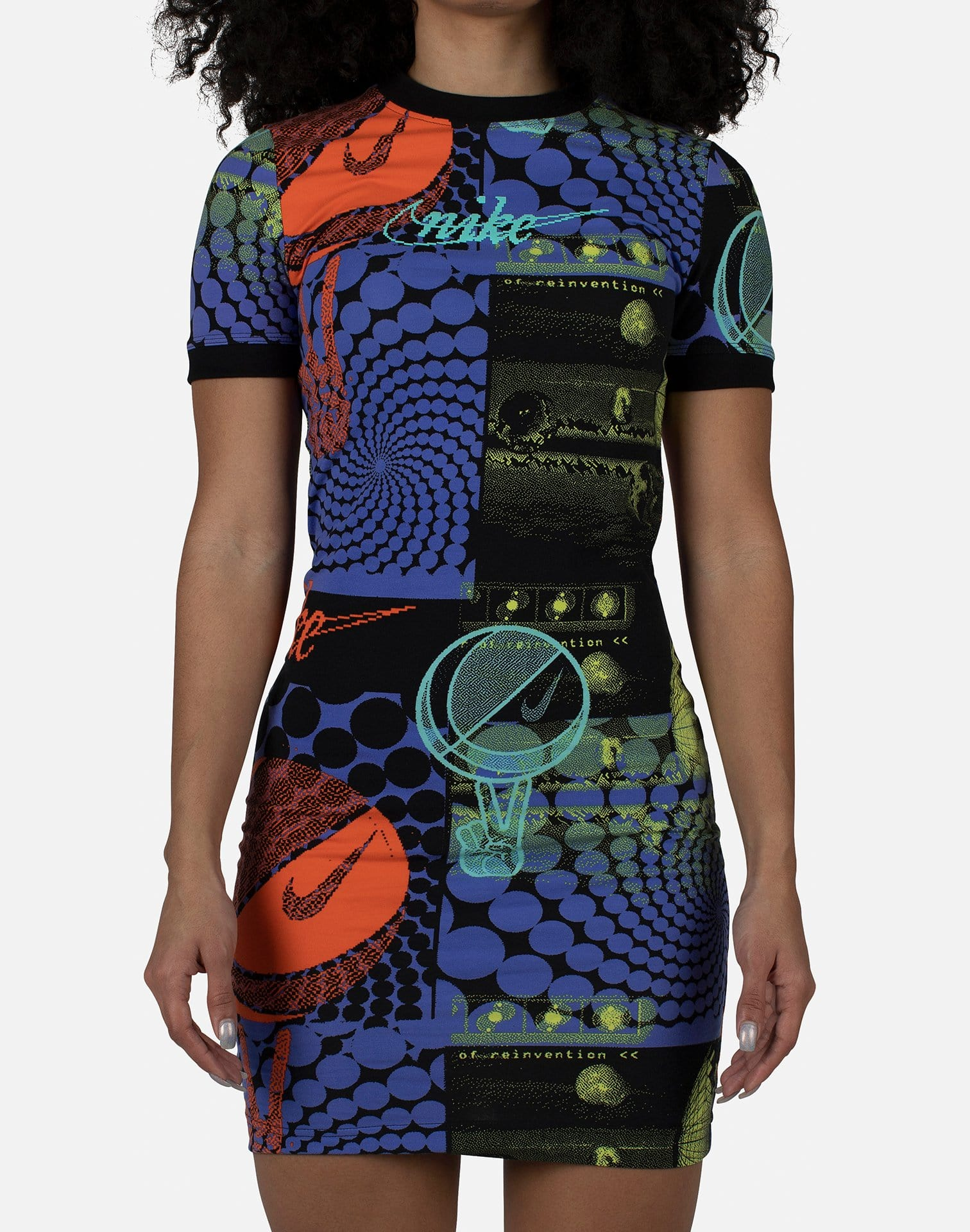 Nike Women's Essential Rave Dress