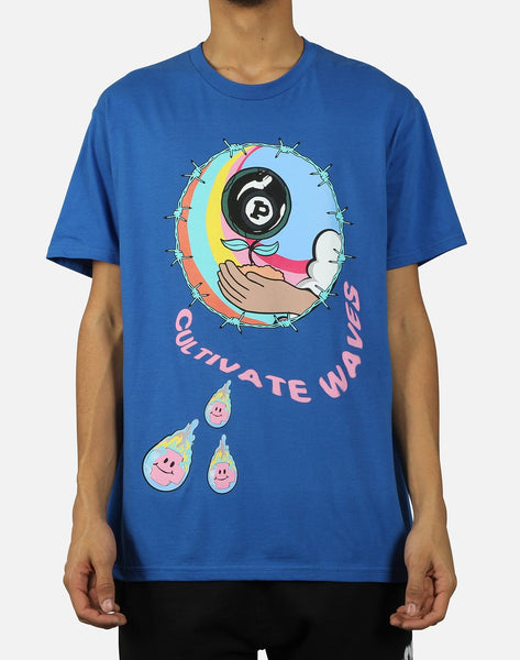 ELECTRIC WAVES TEE