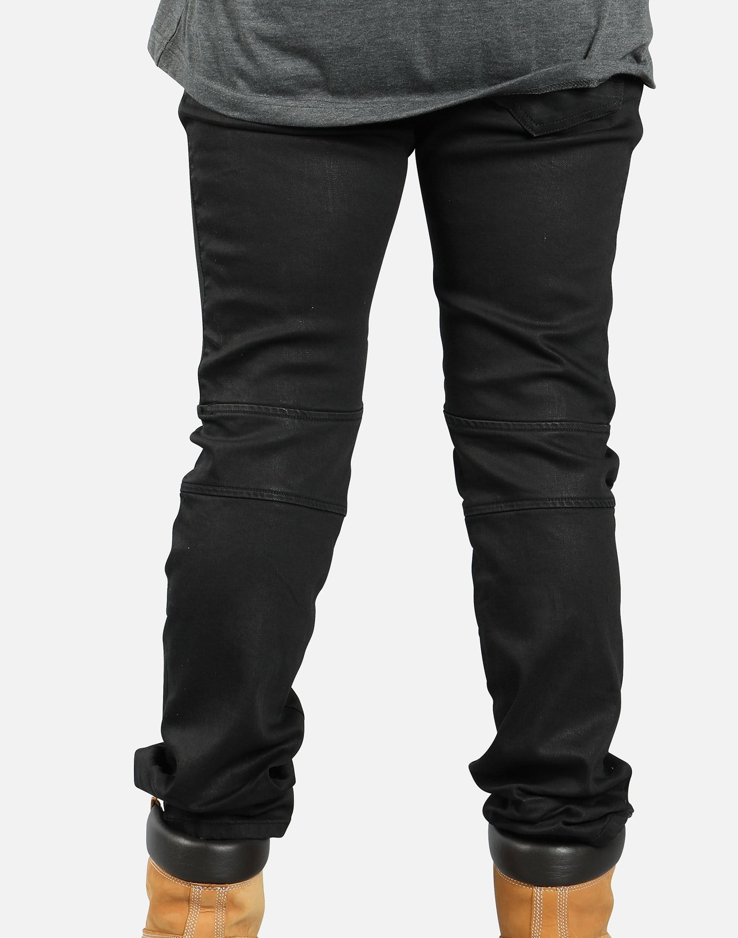ENGINEERED KNEE JEANS