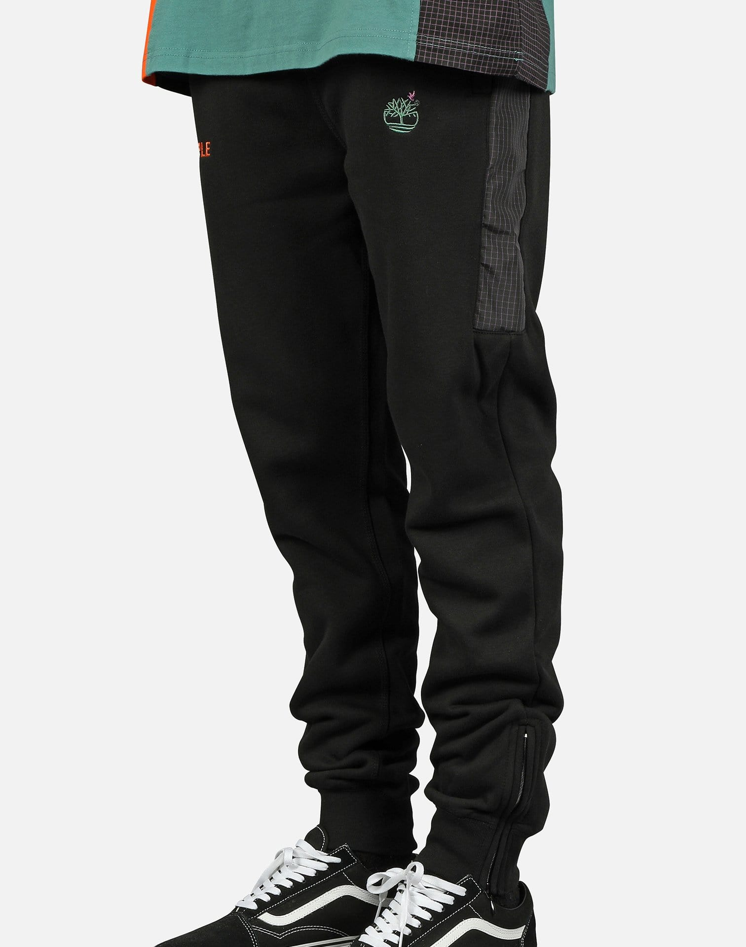 STAPLE TECH LOGO SWEATPANTS
