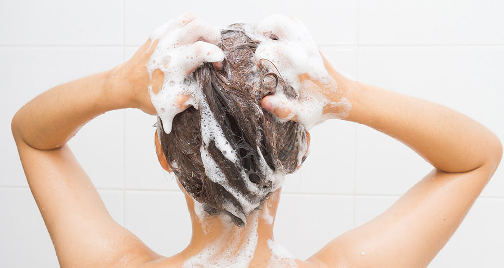 how to wash the back of your hair
