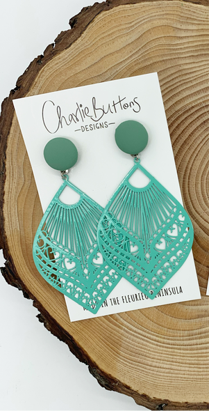 Mint Detailed Dangle
