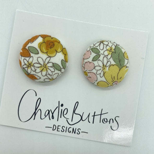# Fabric Floral Studs