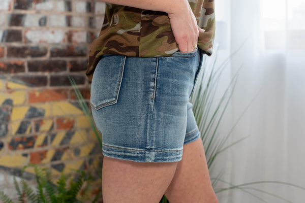 Perfect Summer Jean Short