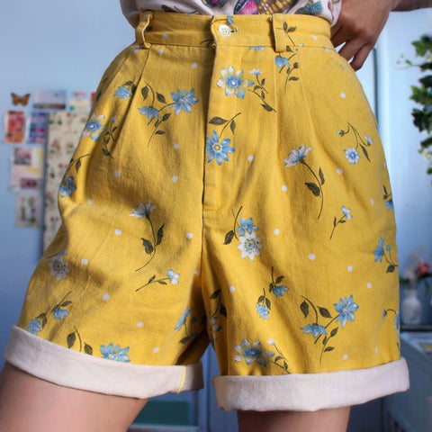 90S AESTHETIC VINTAGE SHORTS