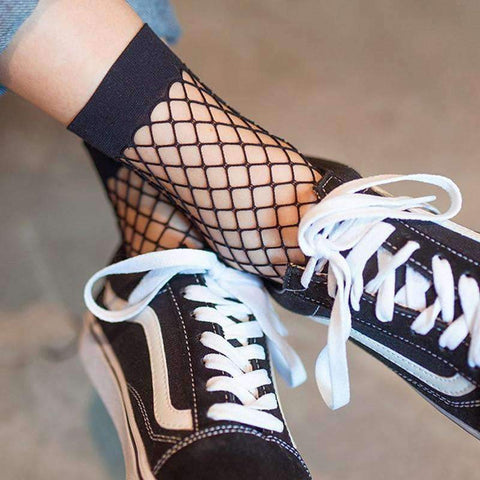 FISHNET SOCKS-Cosmique Studio