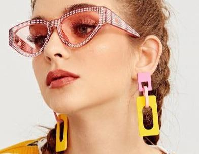 OVERSIZED SHINY SUNGLASSES - Cosmique Studio - Aesthetic Outfits