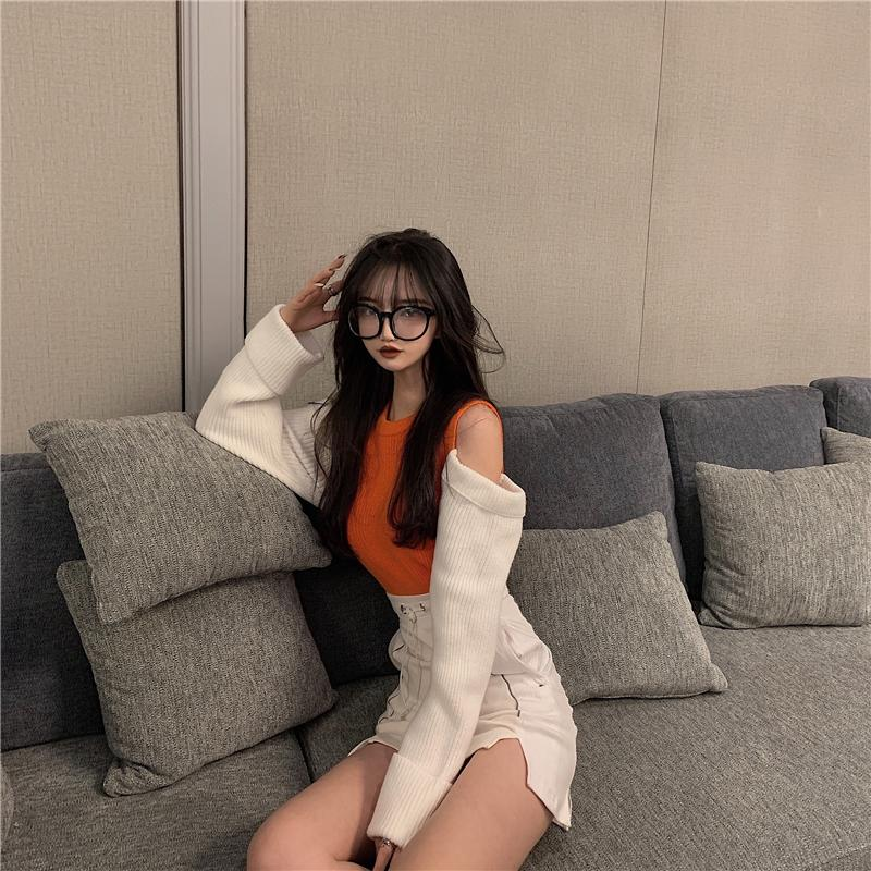SOFT KOREAN SEXY CROP SWEATER-Cosmique Studio-Aesthetic-Outfits