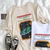THE EARTH IS FLAT VINTAGE TEE-Cosmique Studio