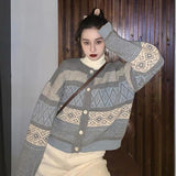 VINTAGE STRIPED KNITTED SWEATER-aesthetic-clothing-cosmiquestudio.com