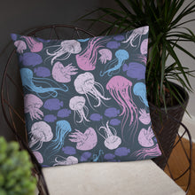 Load image into Gallery viewer, Jellyfish - Cushion