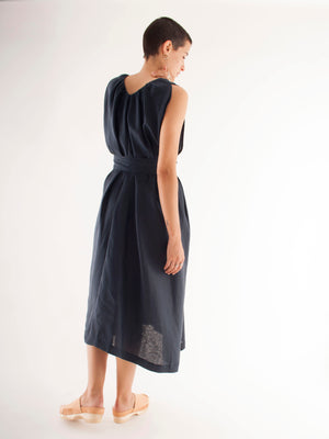 Kloke Crescent V-Neck Dress Linen Ink