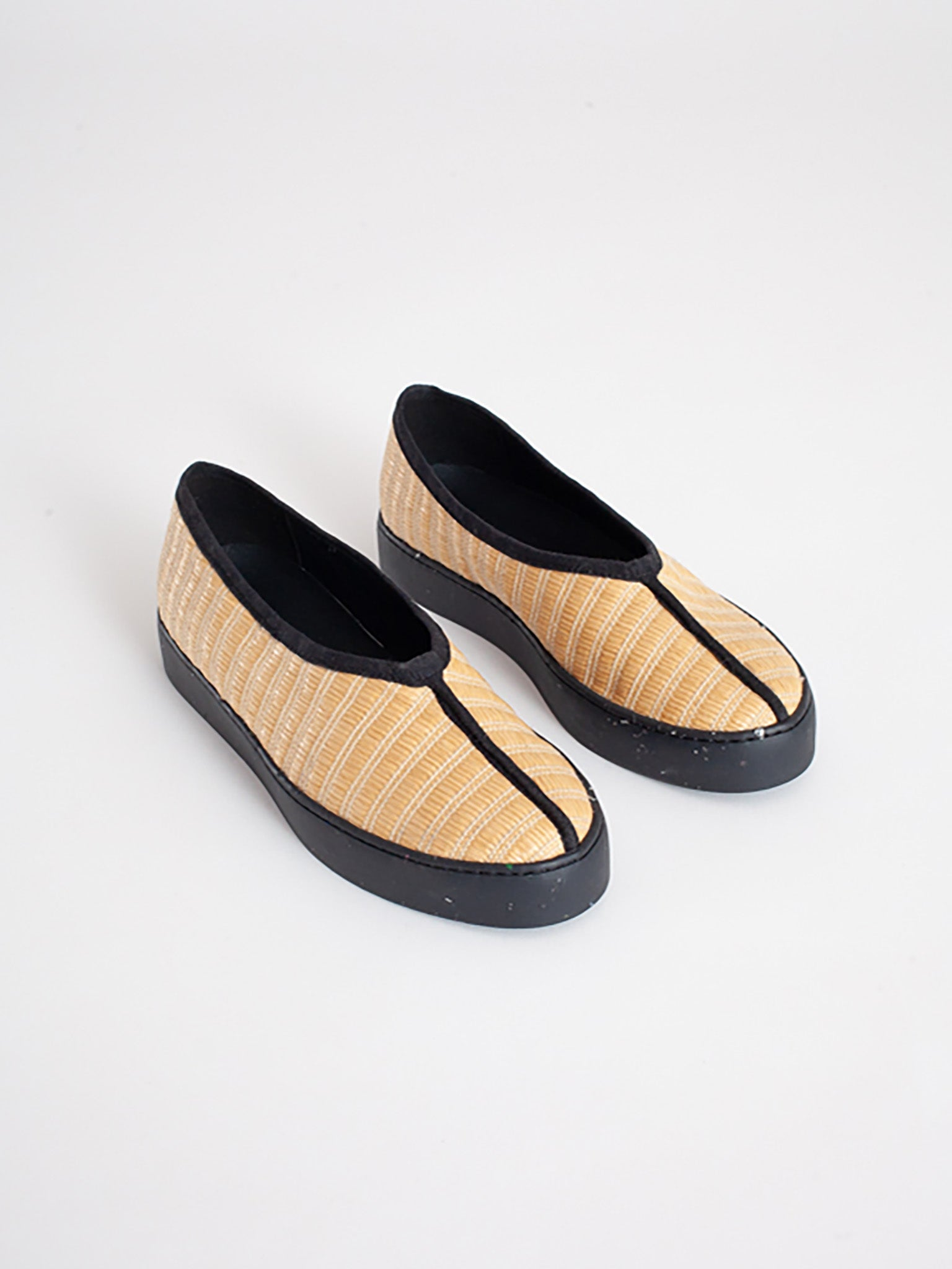 Reality Studio Ming Slip-ons Tatami Natural