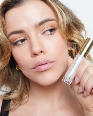 Easy Lip Glosses you Will Reach For Over and Over Again. Pucker Up with Jules Smith Beauty