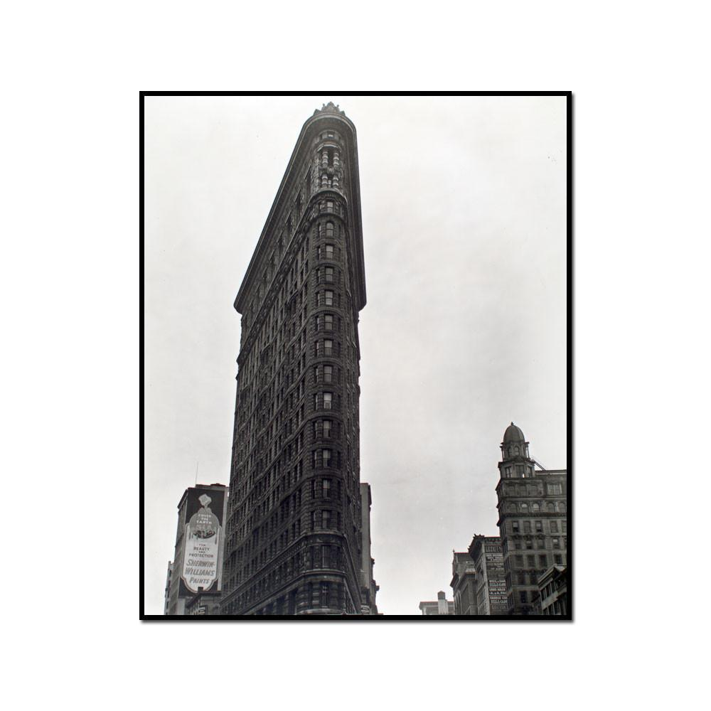Flatiron building, 23rd Street and Fifth Avenue, Manhattan by Berenice Abbott Artblock