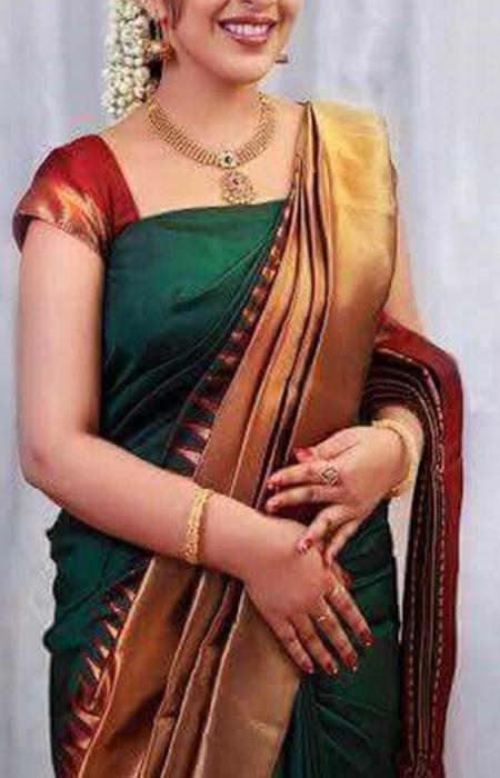 Dapper Green Color Designer Soft Silk Saree SC3205