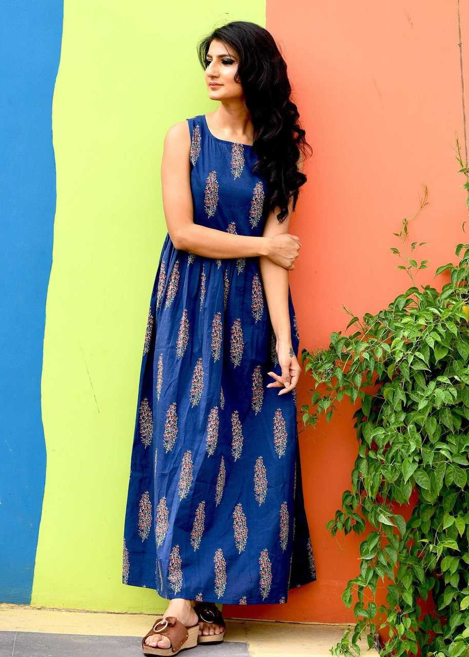 Elegant Blue Color Havy Crepe Digital Printed Gown