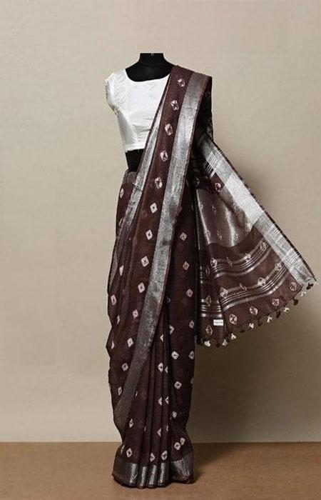 Eye Catching Brown Color Linen Designer Digital Print Saree LN8027