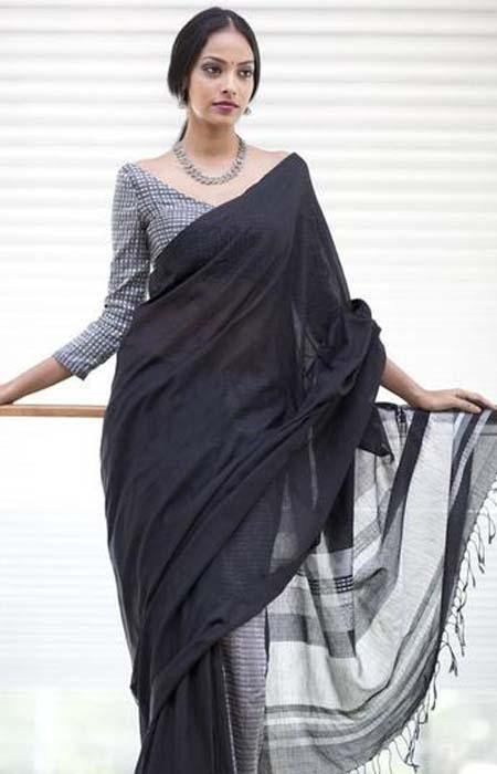 Scorching Black Color Linen Designer Digital Print Saree LN8118