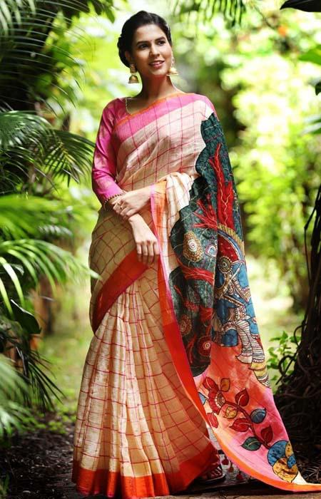 Desiring Multi Color Linen Designer Digital Print Saree LN8339