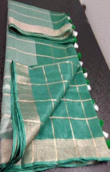 Delightful Green Color Linen Designer Digital Print Saree LN8072