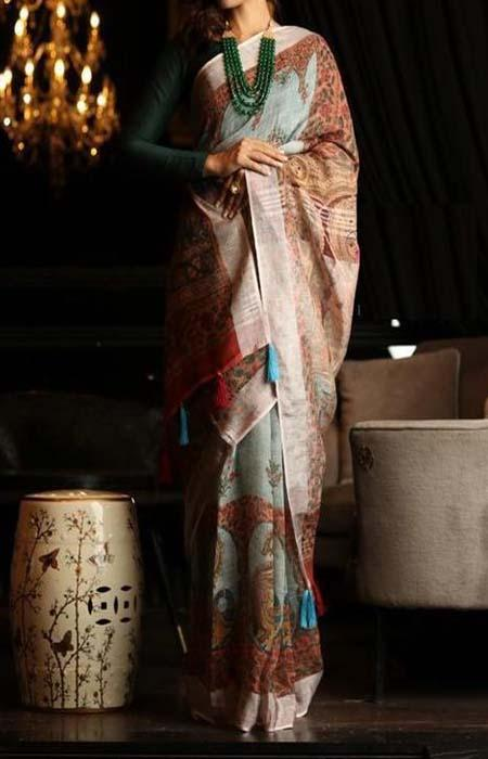Incomparable Multi Color Linen Designer Digital Print Saree LN8326