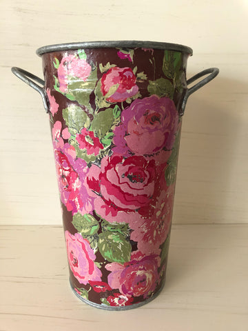 Decoupage French Bucket