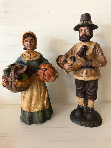 Pilgrim Couple Figurines